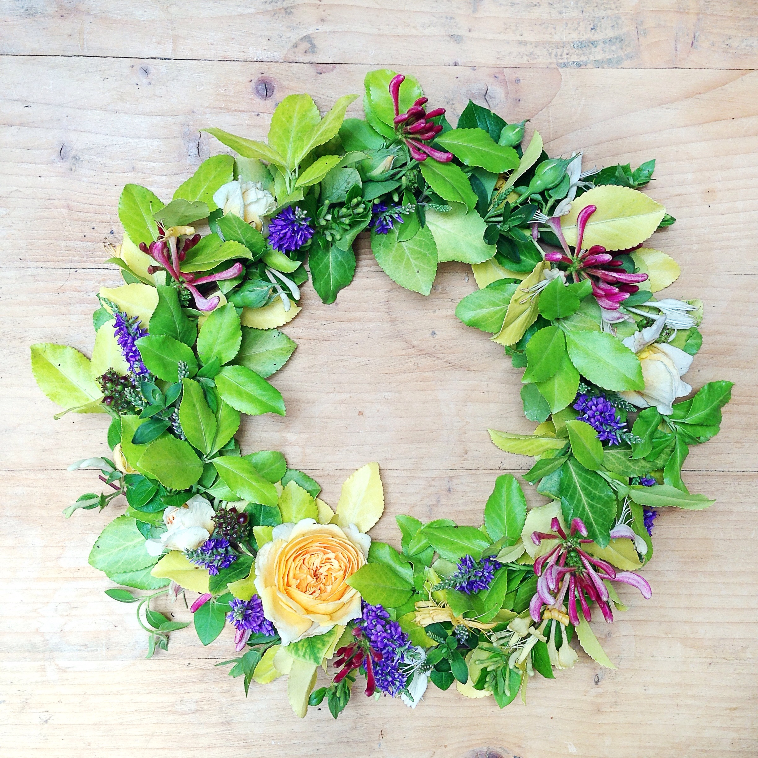 Simple And Quick Floral Wreath